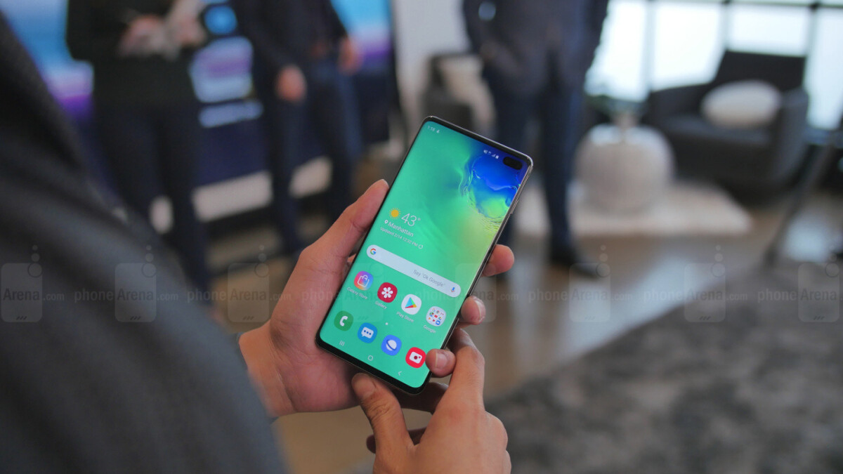 "Samsung Galaxy S10 comes with pre-installed software for ""anti-malware protection"""