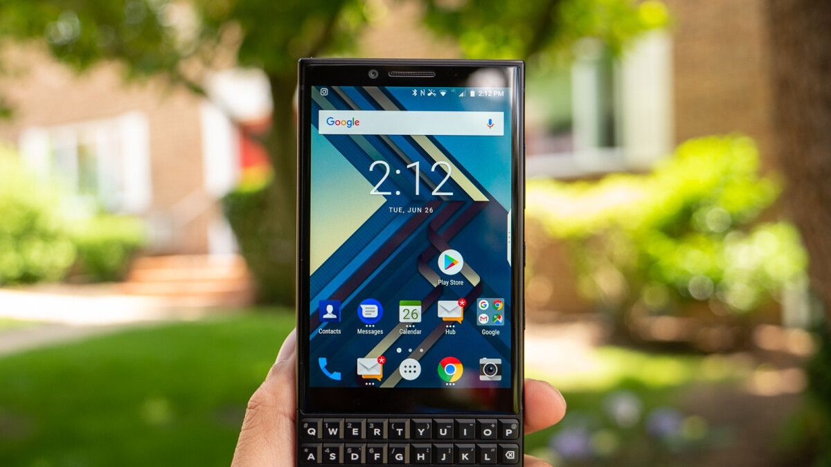 Get the BlackBerry KEY2 and KEY2 LE at up to $150 off with 1-year warranty
