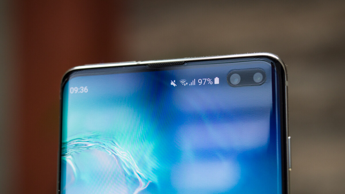Galaxy S10 forecasts increased as 'differentiation' from iPhone boosts sales