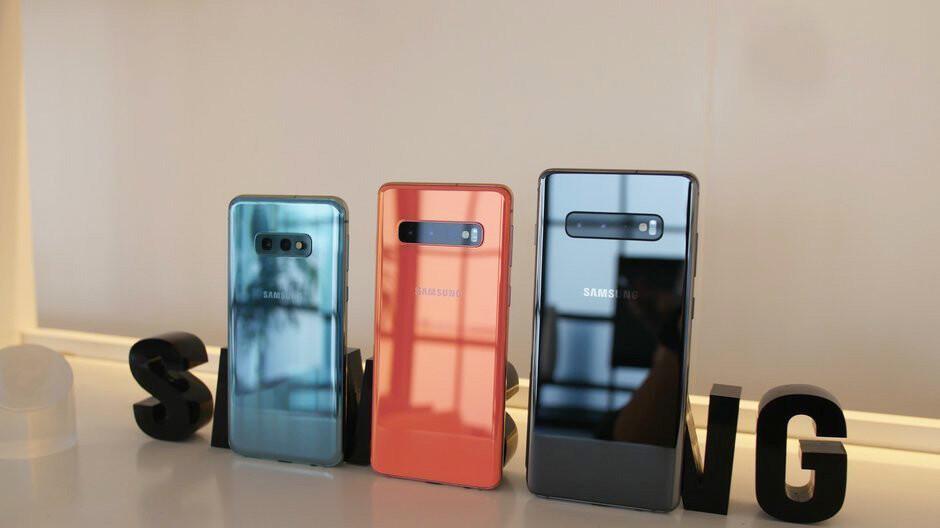 Galaxy S10 Vs S10e Battery Life Comparison