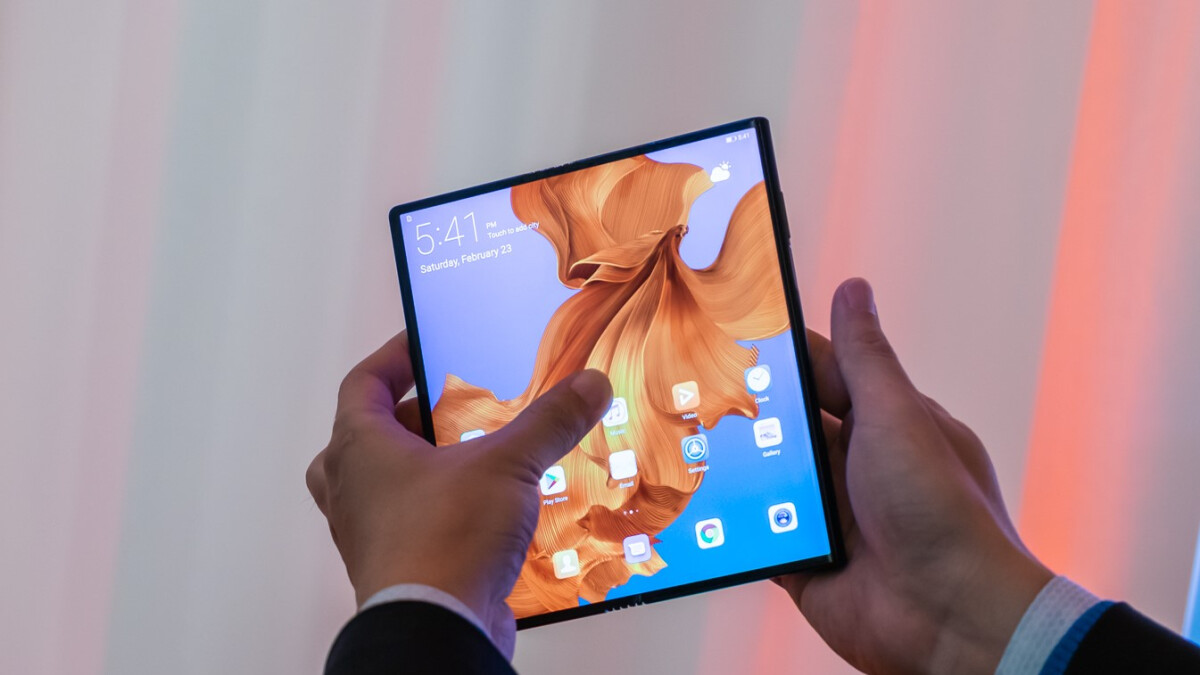 Google foldable phone might be on the way, patent suggests