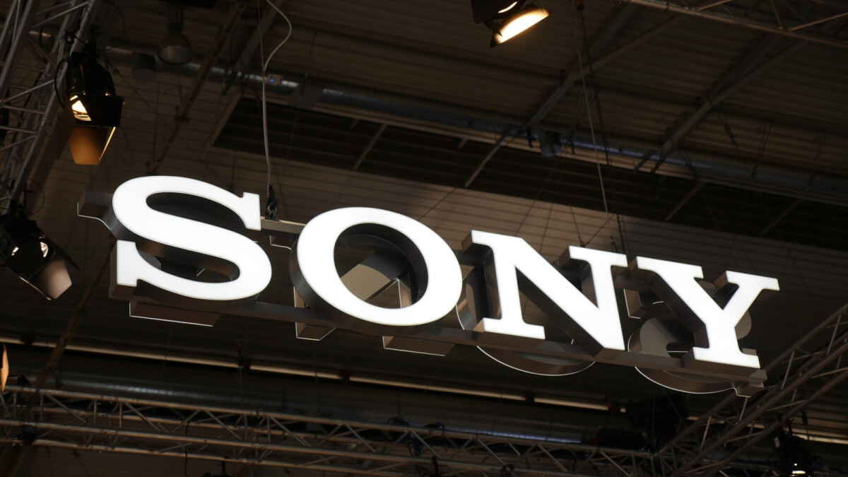 Report: Sony to lay off half of its mobile division staff by 2020 (2,000 people)