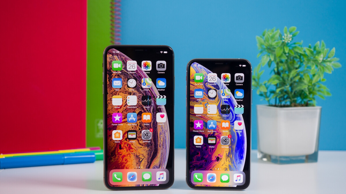 Apple to release three OLED iPhones in 2020