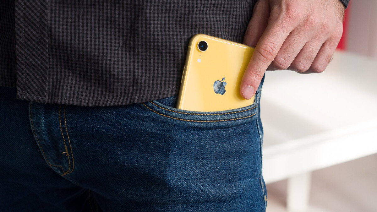 Massive iPhone XR price cut in India suggests Apple can change its