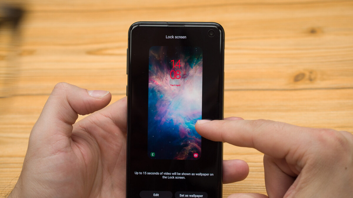 How to set a video lockscreen on the Galaxy S10, S10+, or S10e