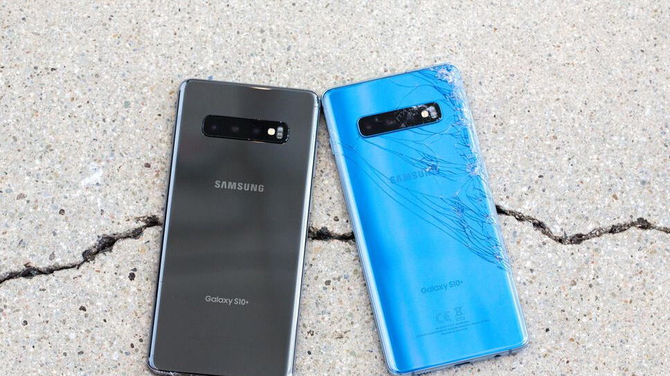 The official Galaxy S10 screen replacement and repair prices are