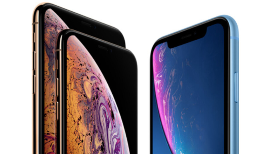 Two smartphone manufacturers accounted for 73% of premium shipments globally in 2018