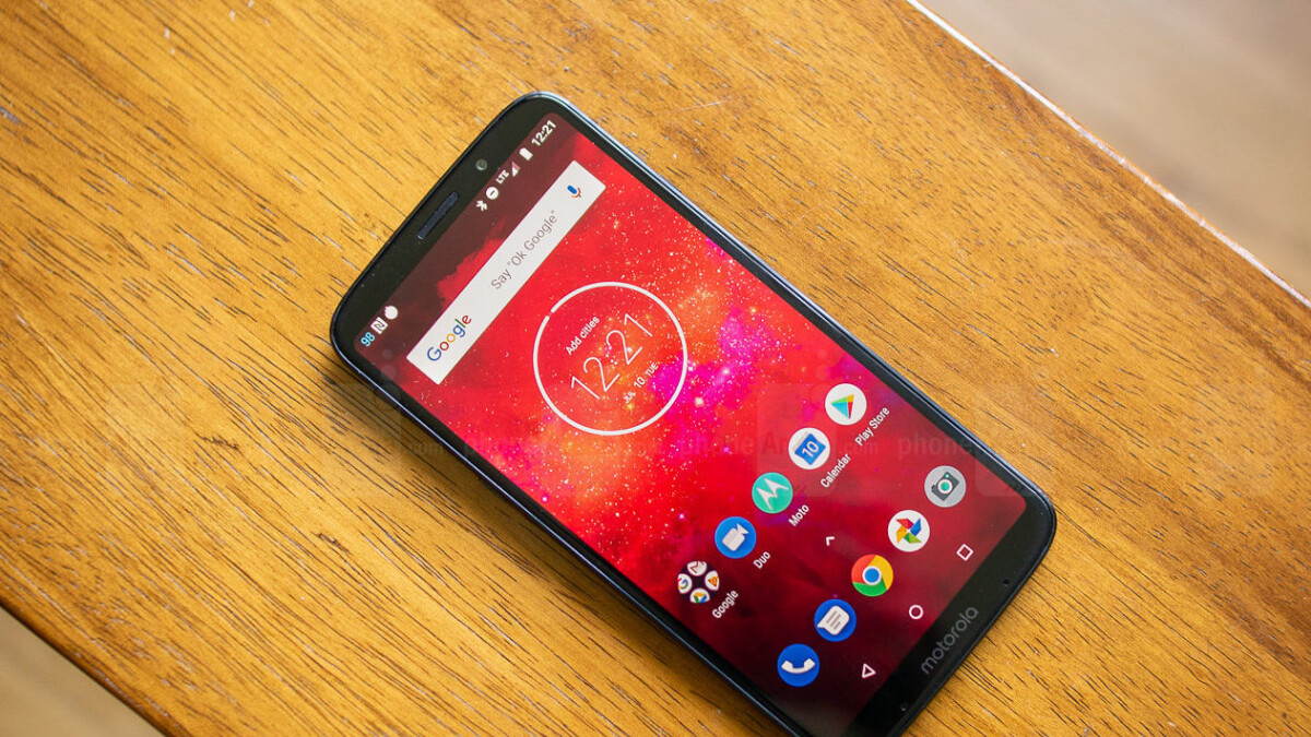 Fresh Motorola deals include discounts on Moto Z3 Play, Moto X4, G6, and other phones