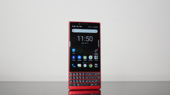 BlackBerry KEY2 Red Edition unboxing & hands-on: Red is the accent