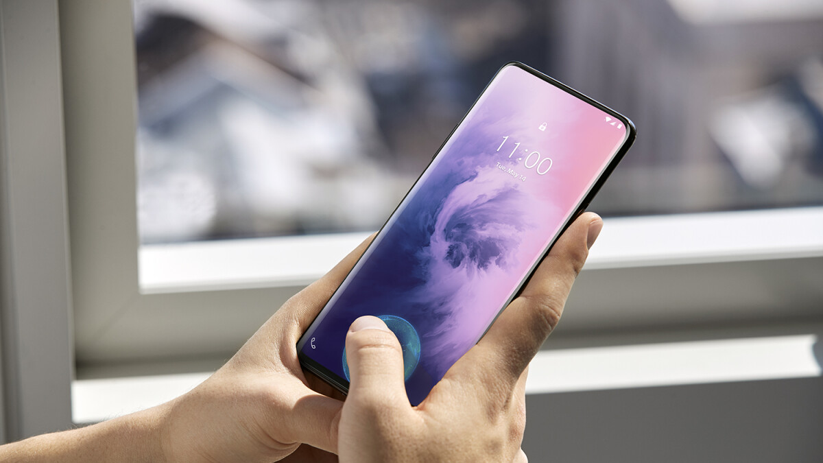 OnePlus 7 Pro is here: revolutionary display, pop-up camera and no notch