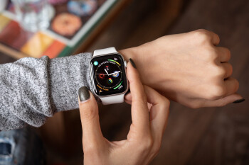 Deal: Save up to $70 on various Apple Watch Series 4 models on Amazon