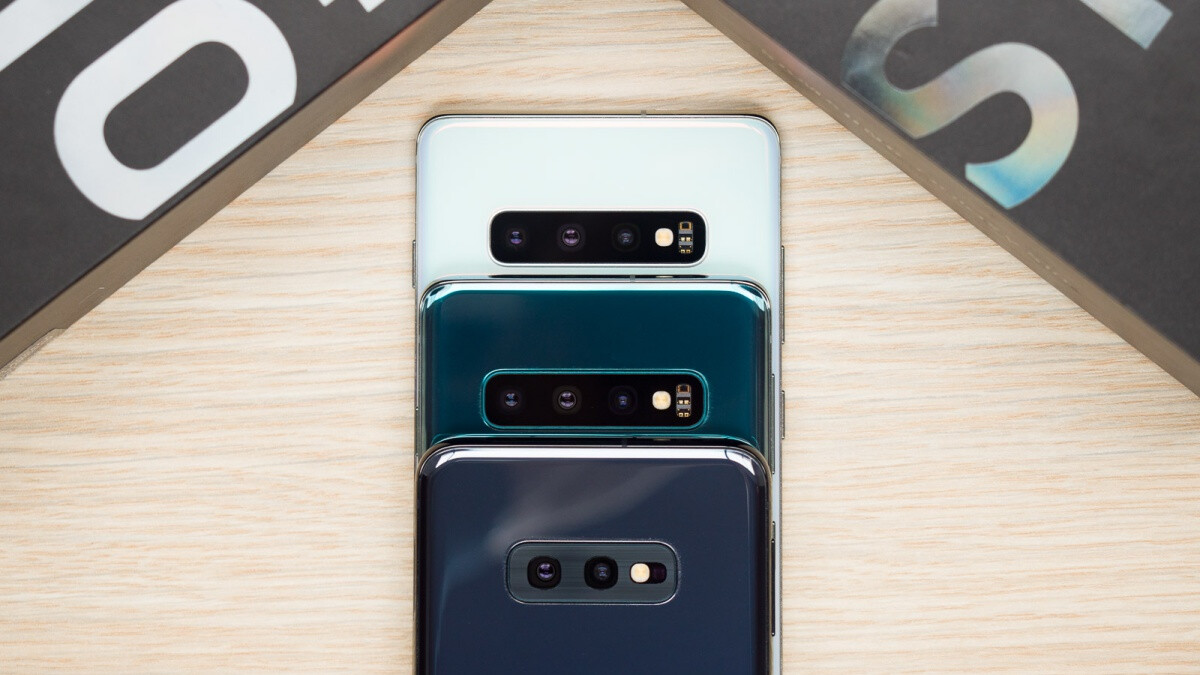 Galaxy S10e, S10, and S10+ prices are in free fall on eBay, starting at only $520 after latest discounts
