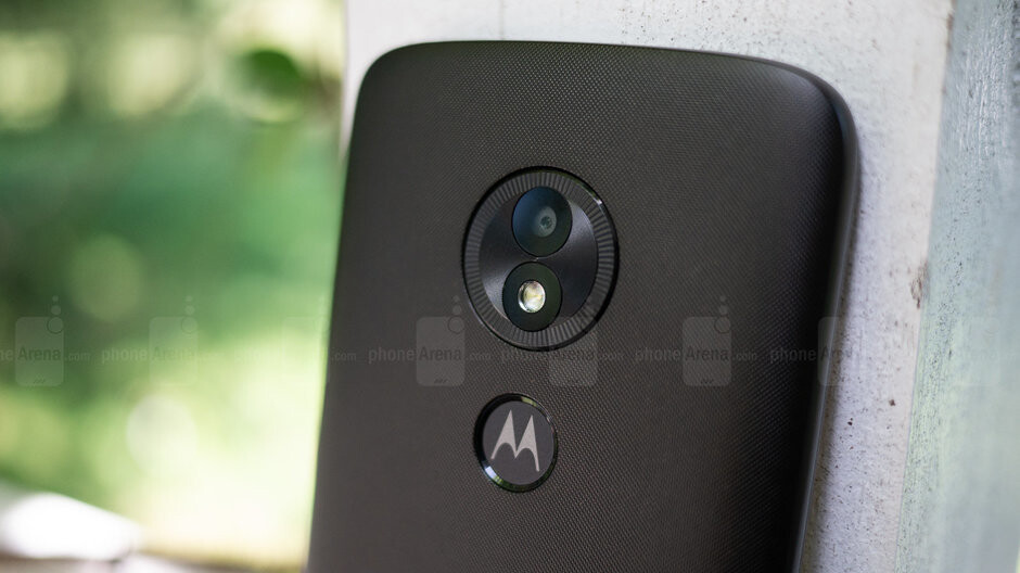 Unlocked Moto E5 Play drops to an irresistible $49.99 at Woot for one day only