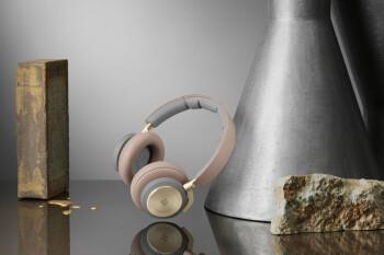B&O's refreshed Beoplay H9 headphones come with monster battery life and Google Assistant