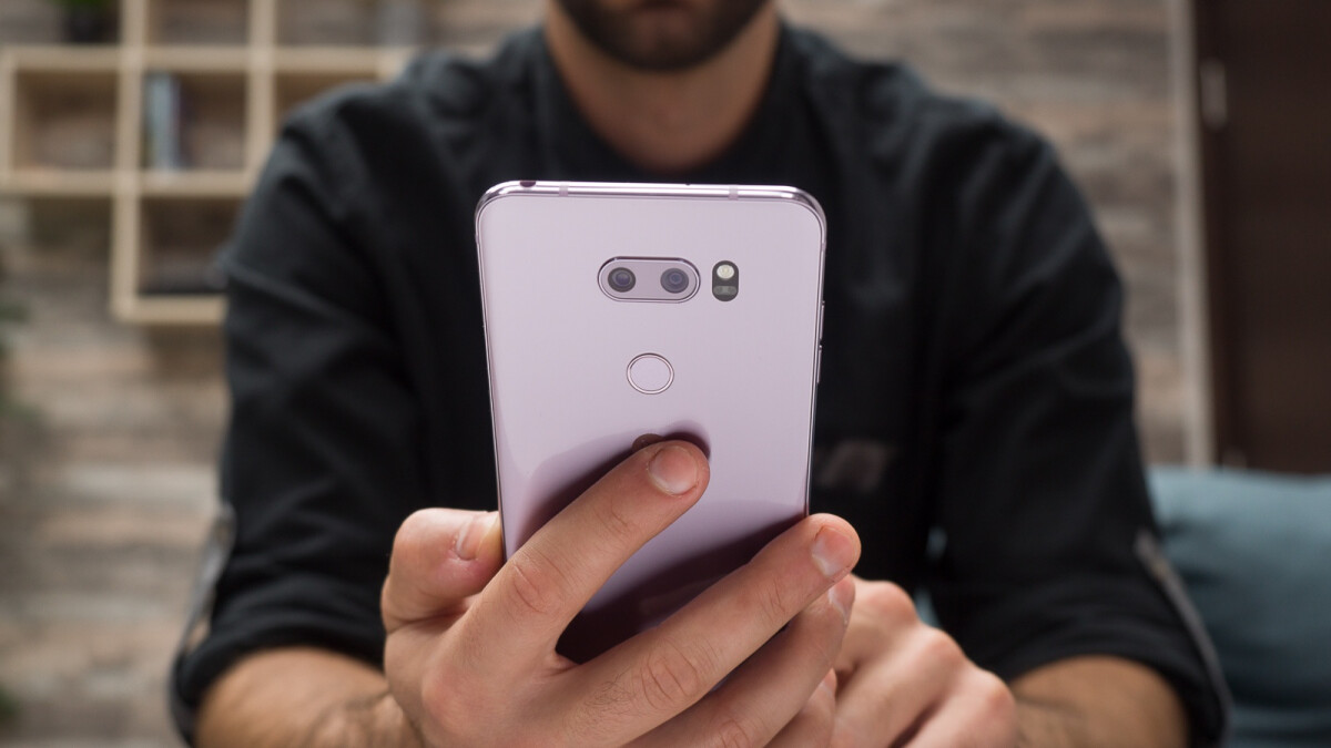 Stellar new deal on oldie but goldie LG V30 drops its price to $150
