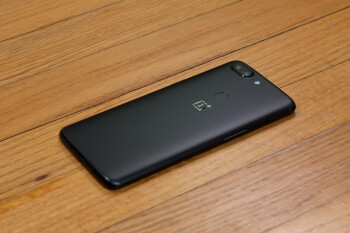 OnePlus 5 and 5T confirmed to receive Android Q updates this year