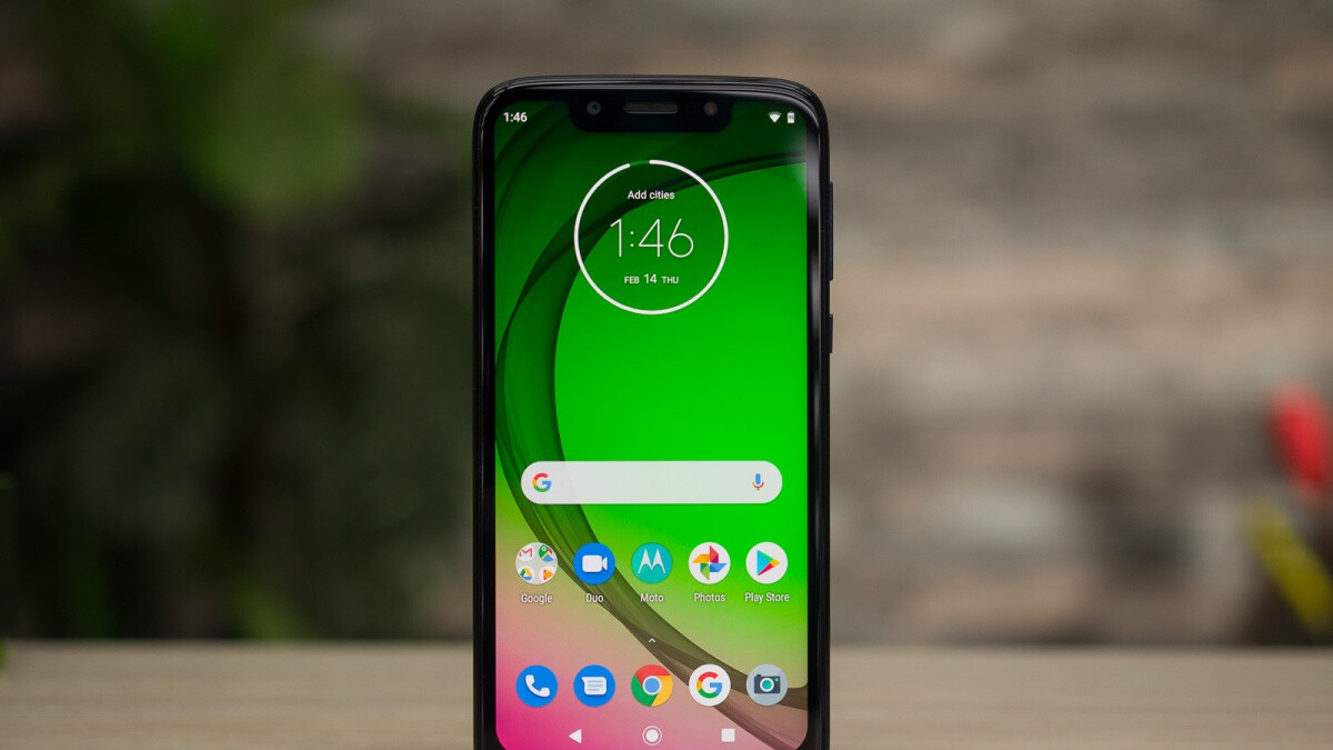 Get the unlocked Moto G7 Play at a discount of up to $120 with carrier activation