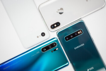 Huawei's troubles could hurt the entire smartphone market, leading to another shipment decline