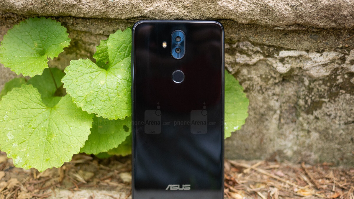 Best Buy clearance deal brings well-reviewed Asus ZenFone 5Q down to $180 ($120 off)