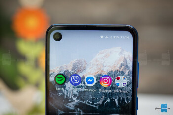 Motorola One Action images leak out flaunting the triple camera and pierced display