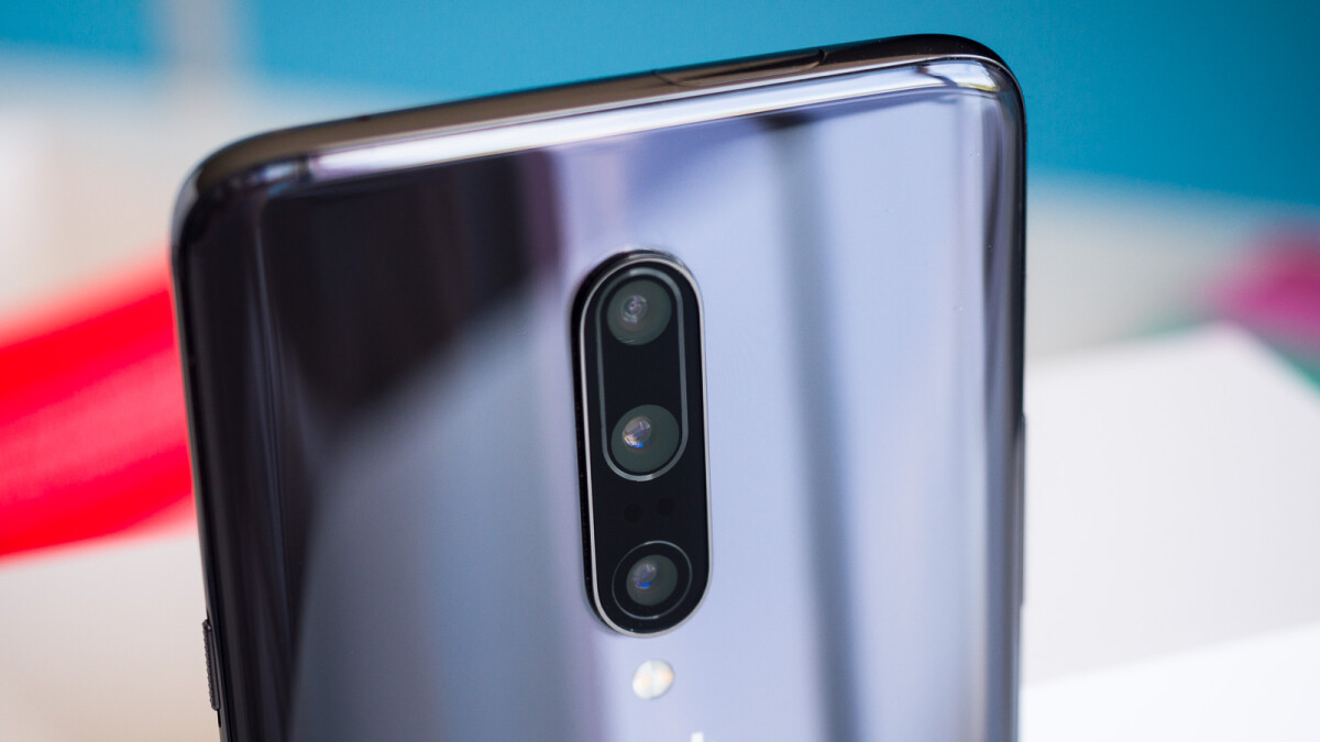 OnePlus 7 Pro Gets OxygenOS 9.5.8 Update With Touchscreen Sensitivity Improvements