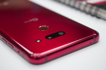 Be a social media star with the LG G8's powerful camera tools