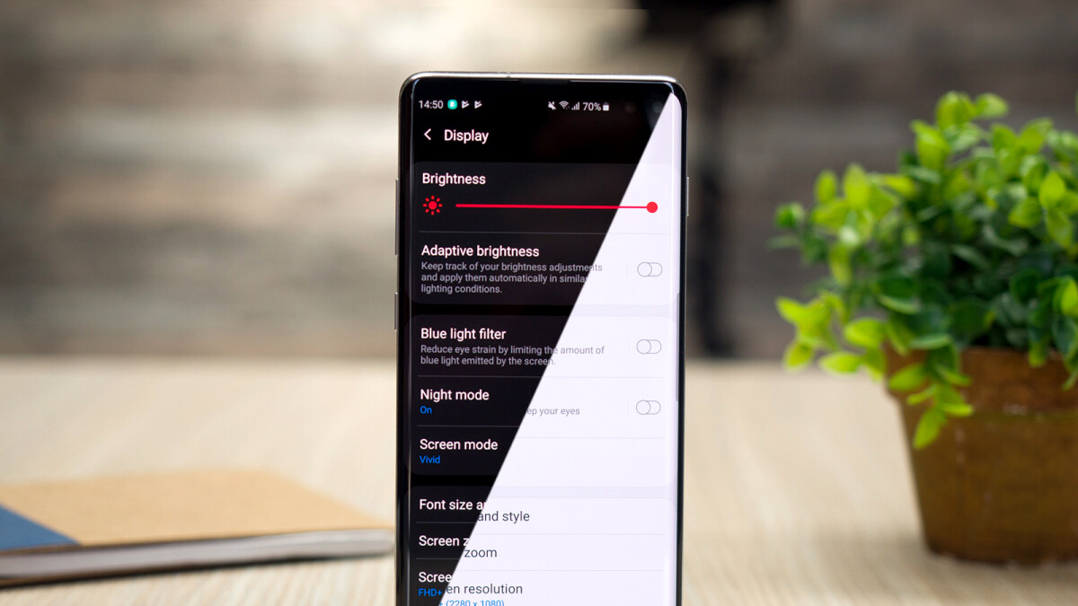 The pros and cons of Dark Mode: Here's when to use it and why