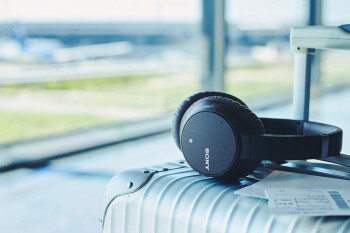 Deal: Sony's mid-tier noise-canceling headphones are half off