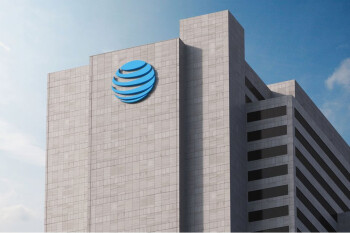 """Lawsuit accuses AT&T of running a """"bait and switch scheme"""""""