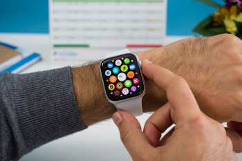Apple Watch Series 4 outsold every other smartwatch in 2018