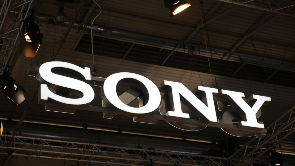 Hot rumor has Sony prepping a foldable phone with a retractable rolling display
