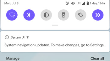 Android Q finally gets the pull down for notification bar gesture, yay for ergonomics!