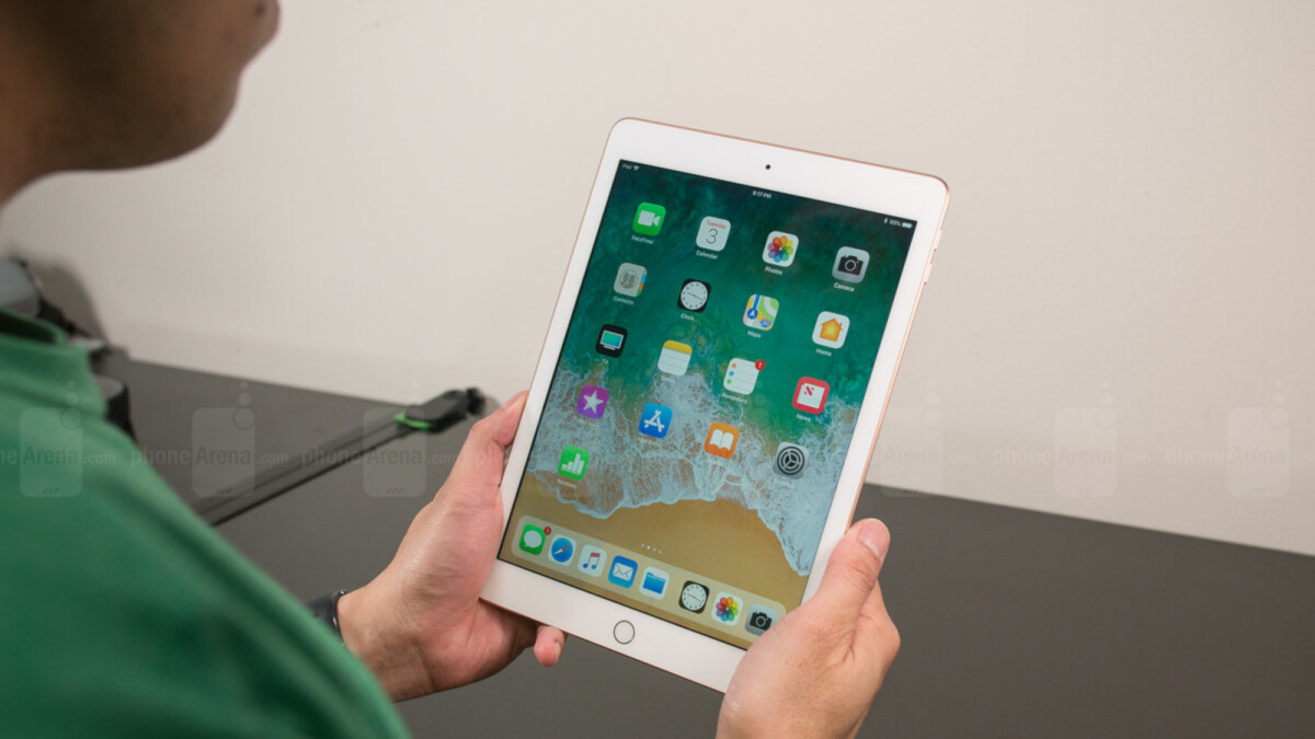 Deal: Amazon Prime Day deal on Apple iPad makes a comeback, but not for long