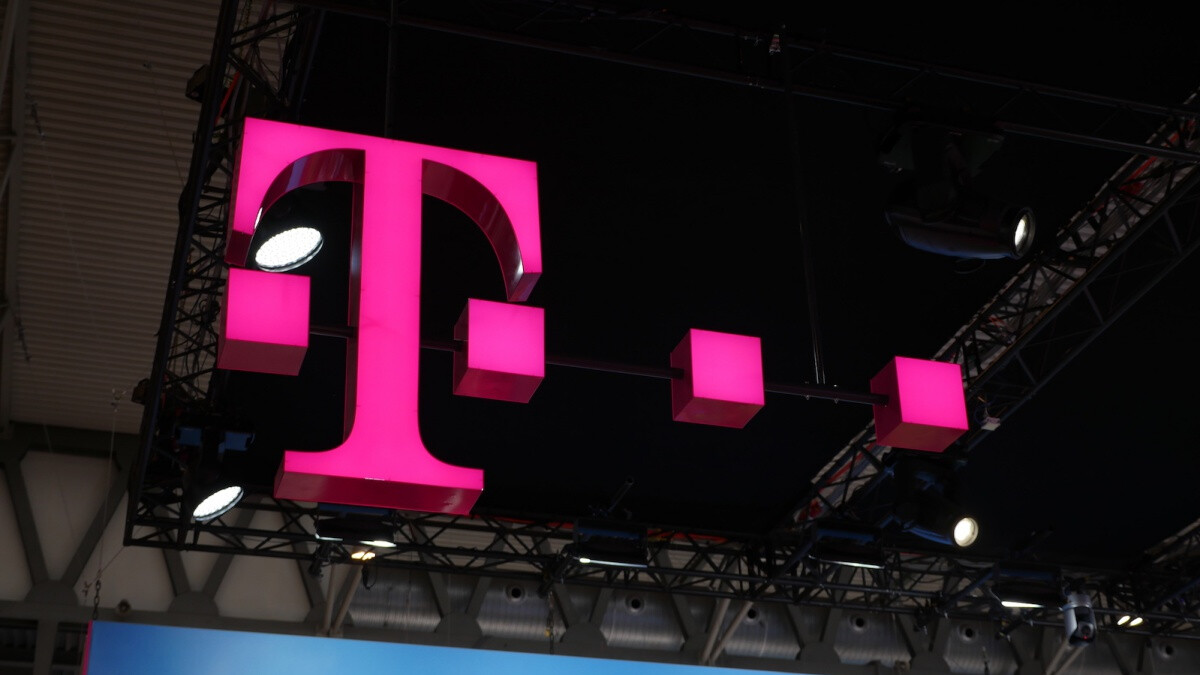 T-Mobile crushes the competition for the fourth time in a row in one key aspect