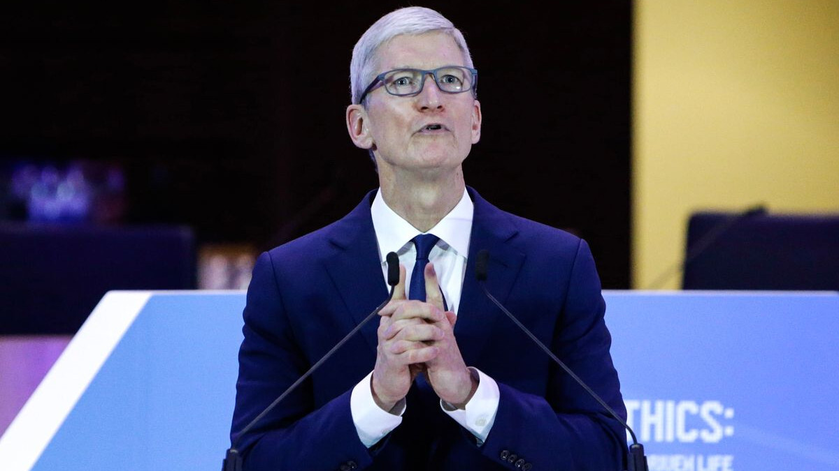 Tim Cook reacts to the Dayton and El Paso shootings, stops short of calling for gun control