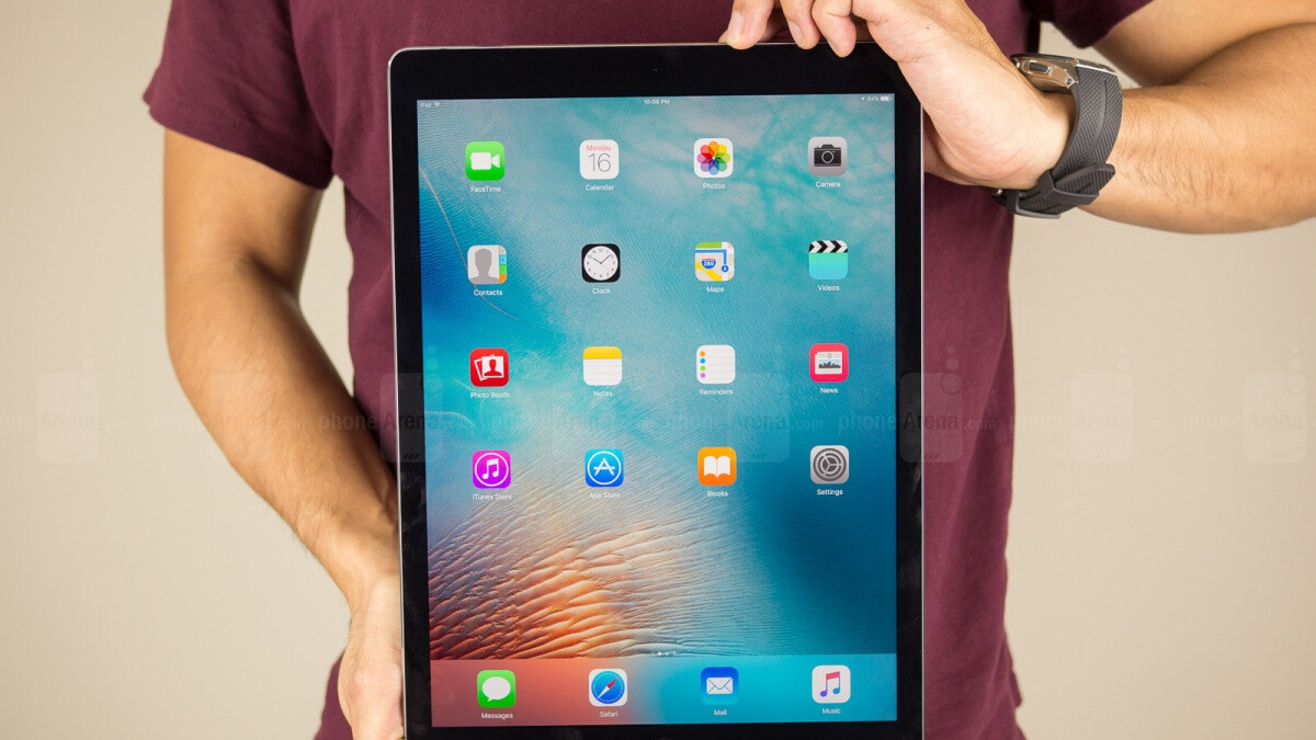Woot has a 12.9-inch iPad Pro with LTE support on sale at a crazy low $370 (refurbished)