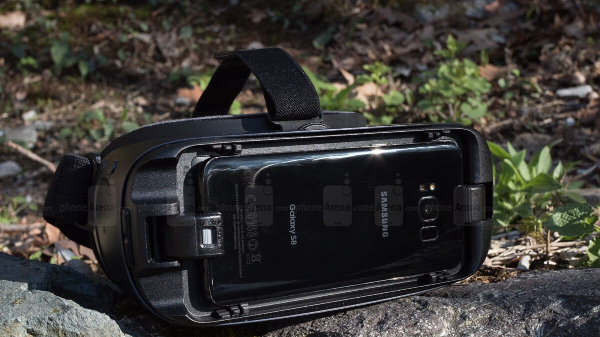 Unlike the Galaxy S10 family, the Note 10 and Note 10+ are leaving the Gear VR in the lurch