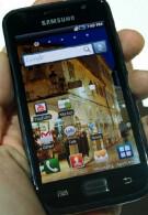Samsung says its Super AMOLED screen beats Apple's Retina Dislpay
