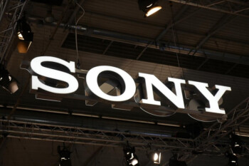New renders of the Sony Xperia 2 leak