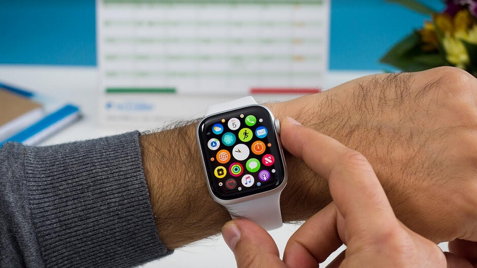 Patent awarded to Apple shows a new biometric reader for the Apple Watch