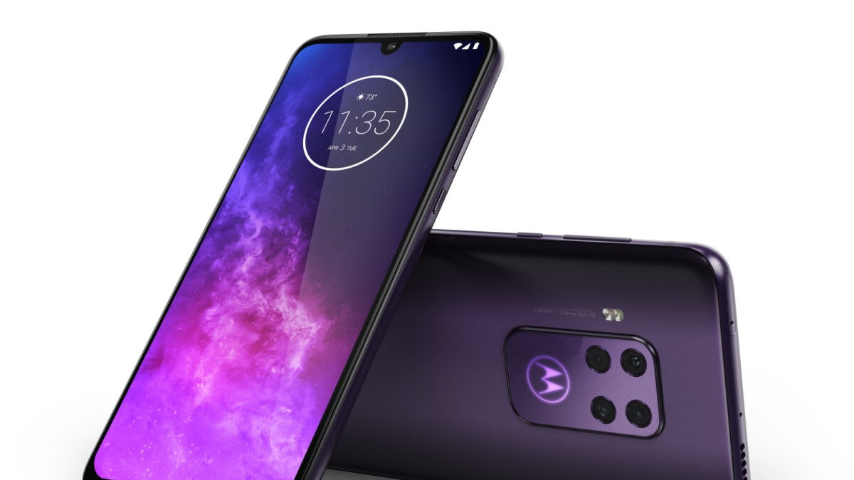 Motorola One Zoom is official: four cameras, 10x hybrid zoom, on sale today