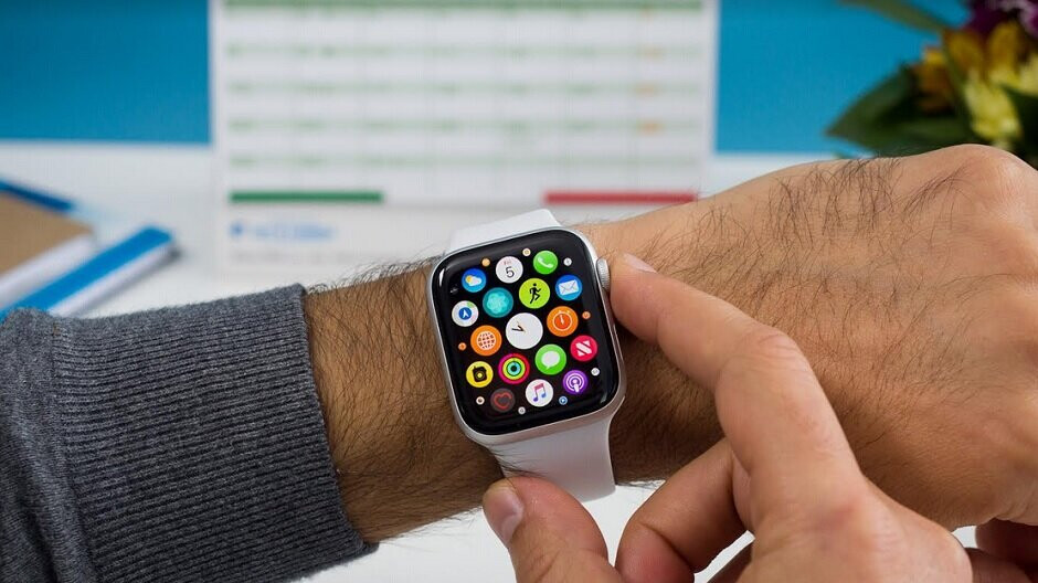 Apple partner accidentally tips off existence of Apple Watch Series 5