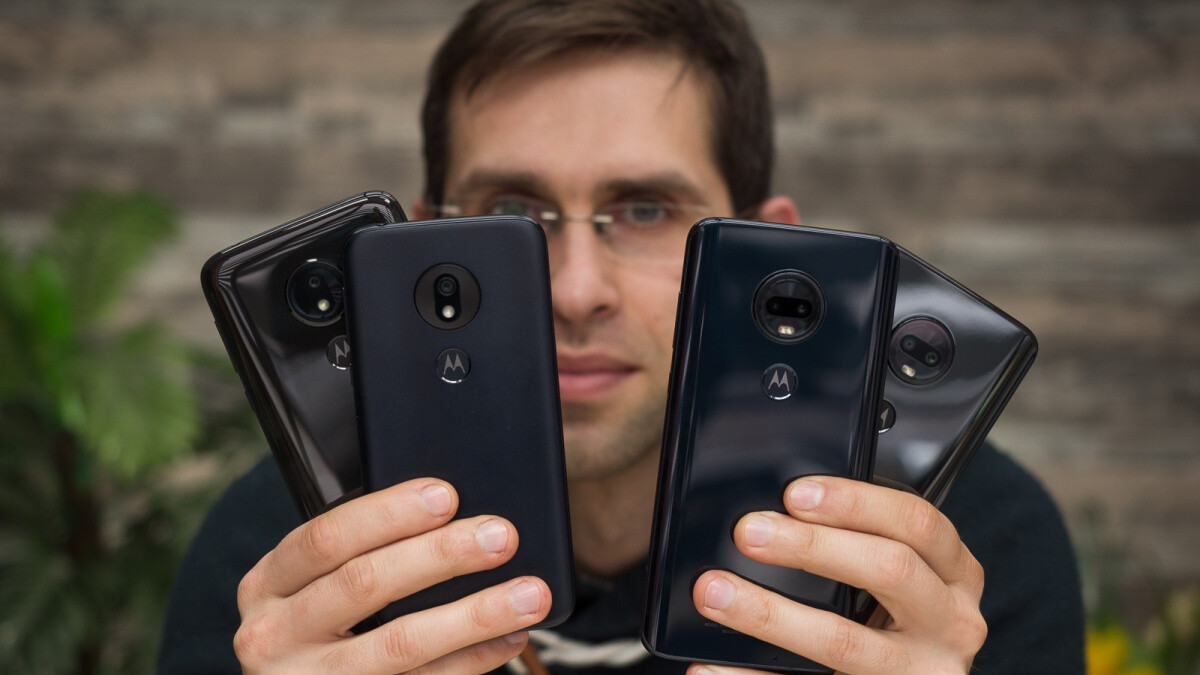 Amazon offers big discounts on four of the most popular Motorola phones on the market