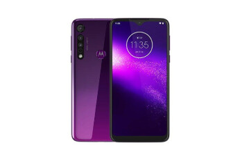 Budget Motorola One Macro with triple-camera setup leaks in purple