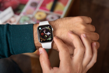 Deal: Save up to $130 on the Apple Watch Series 4 on Amazon