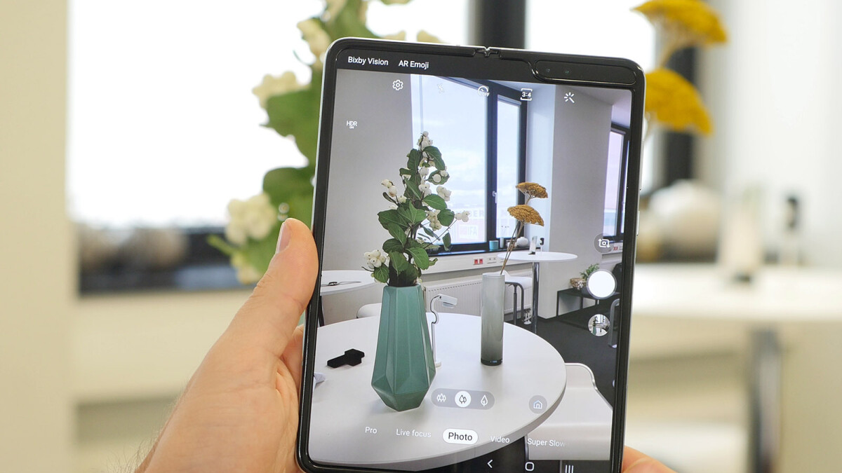 Samsung debuts Galaxy Fold Premier Service in the United States