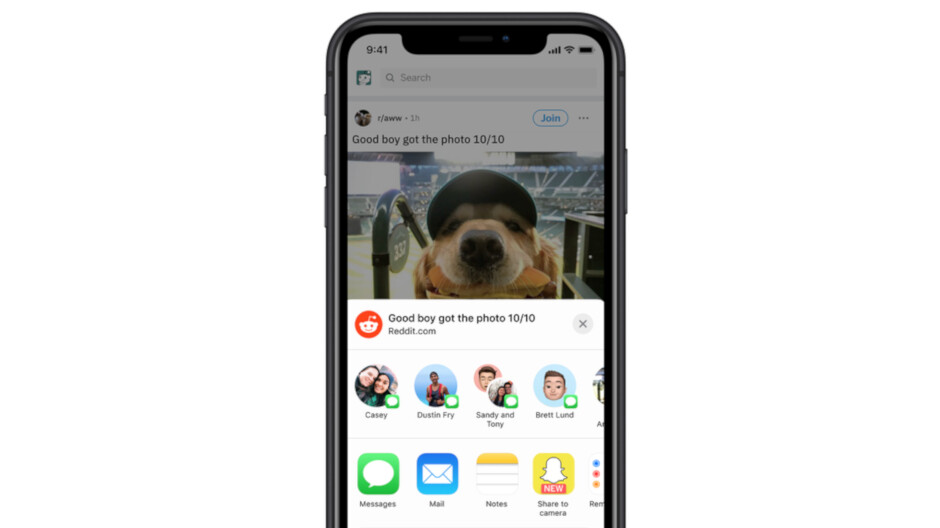 Snapchat users can now share Reddit posts within the iOS app