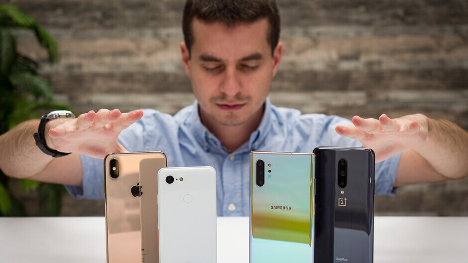 Galaxies, iPhones, Sony or LG? And the depreciating phone brand losing most value is...