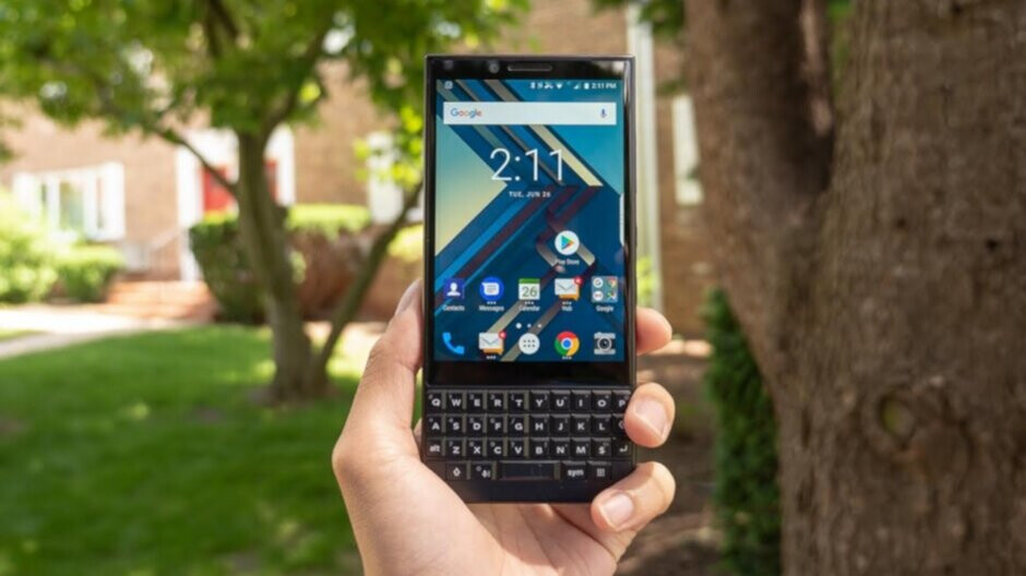 BlackBerry Hub+ apps get feature that BlackBerry phones can't use