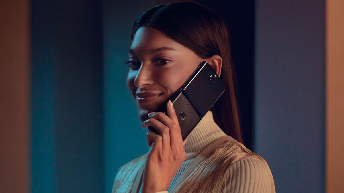 Motorola Razr's flexible screen repair price is 'rigid' cheap
